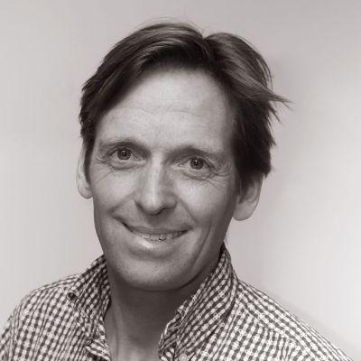 Dr. Frank van Uffelen
